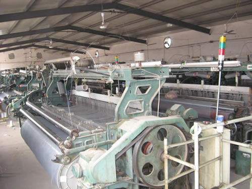 Machines for Weaving Charcoal Fiberglass Mesh and Workshops